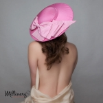 classic_Dior_hat_pink_silk